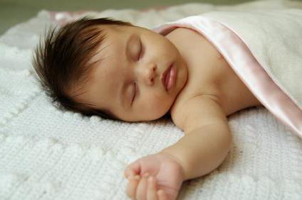 Полезно ли спать без подушки детям