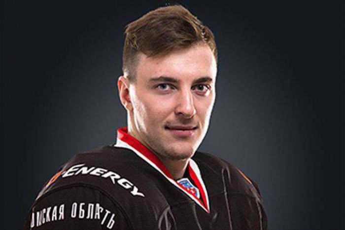 Сергей Калинин хоккеист и его девушка
