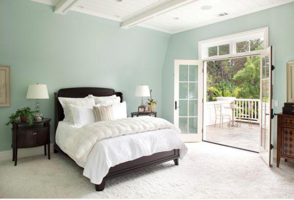 дизайн спальни 15 кв м с балконом