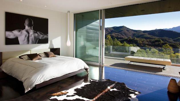 дизайн спальни 16 кв м с балконом