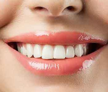 из за зубного камня опустились десна