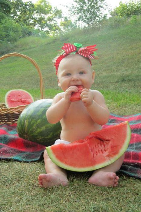 детская фотосессия с арбузом
