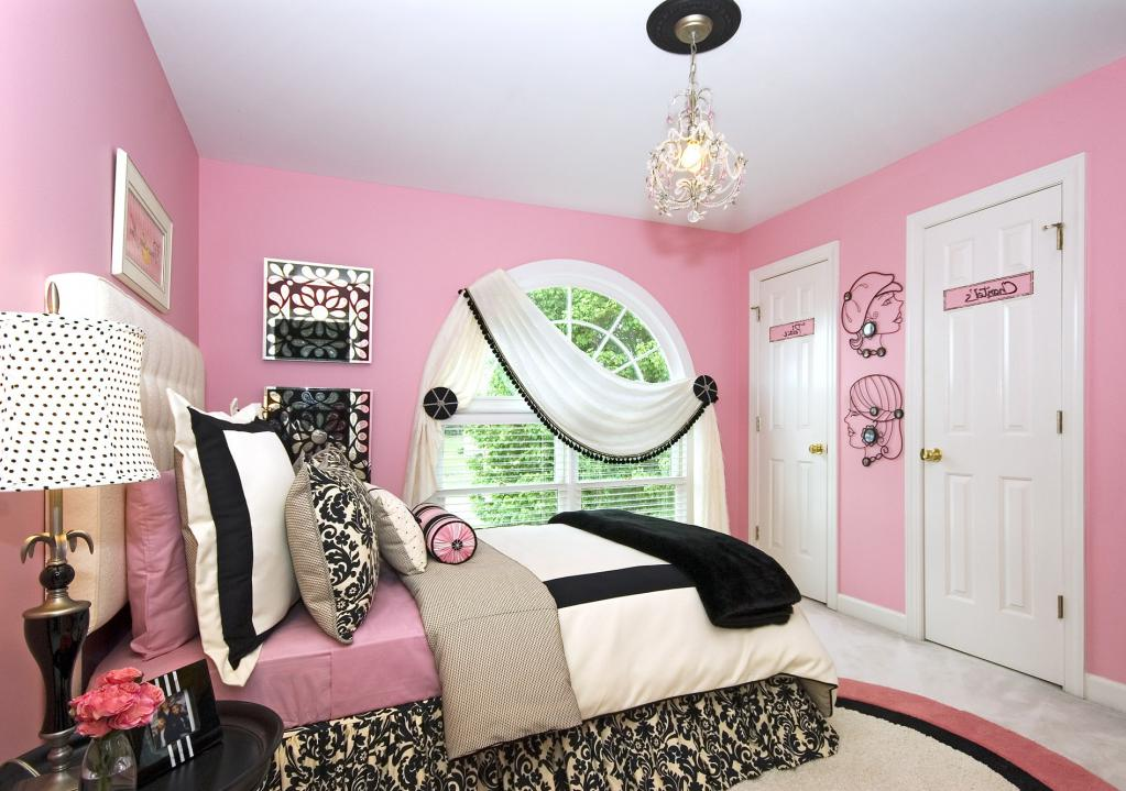 Furnishing a room for a girl