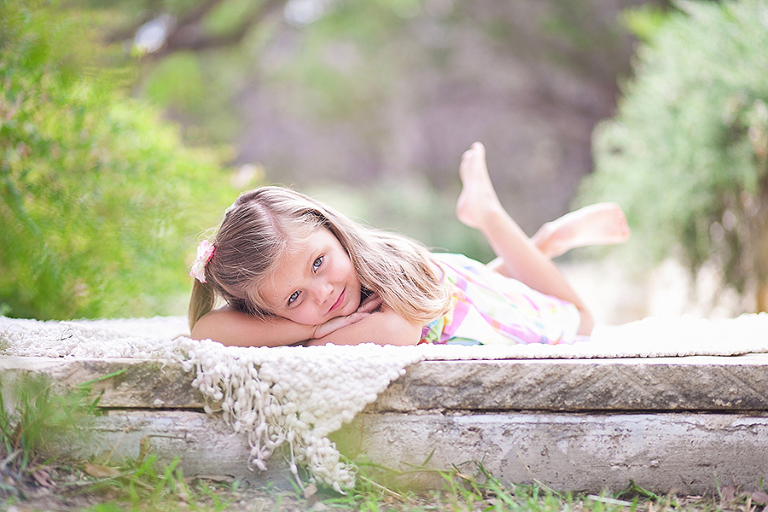 Как фотографировать детей дома, в школе и на природе? Детская фотосессия