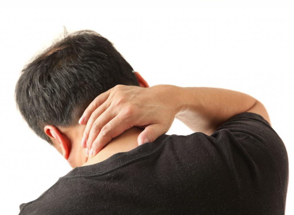 Боль в шее в затылке
