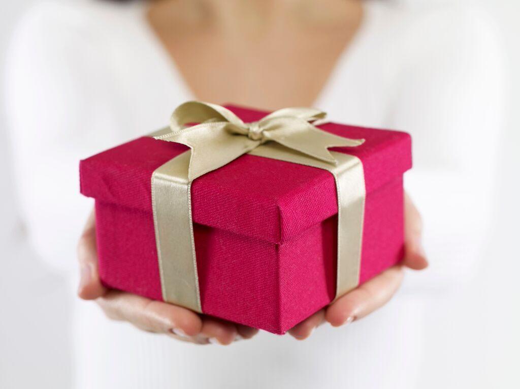 Подарки на день рождения картинки, поздравления юбилей мужчине