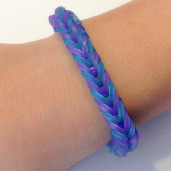 Схемы плетения из резиночки. Как плести из резиночек браслеты и объемные фигурки