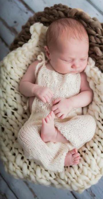 костюм для новорожденного спицами 0 3