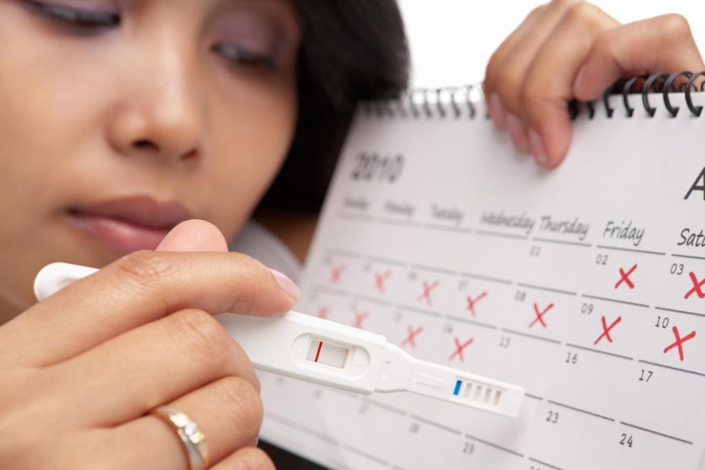 Тошнит после месячных может это быть беременность 17