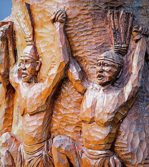 Russian wooden sculpture