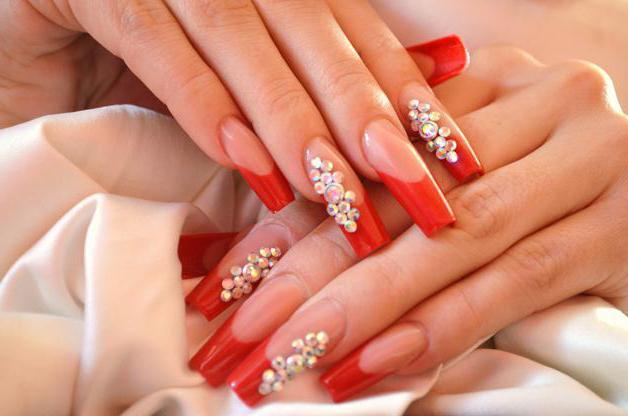 красный френч дизайн ногтей