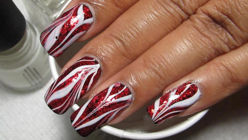 Water red and white manicure