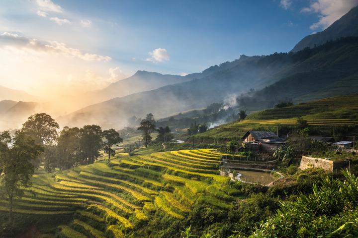 Vietnam monthly water temperature