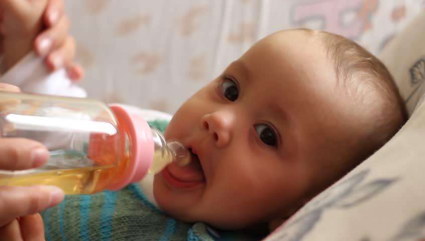 Чай в рационе малыша