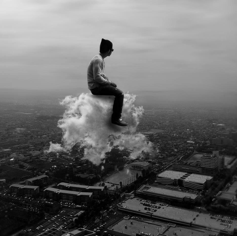 к чему снится летать в облаках