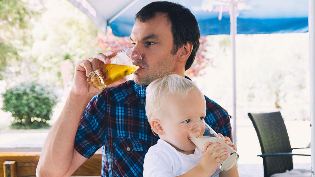 пьющий отец что делать