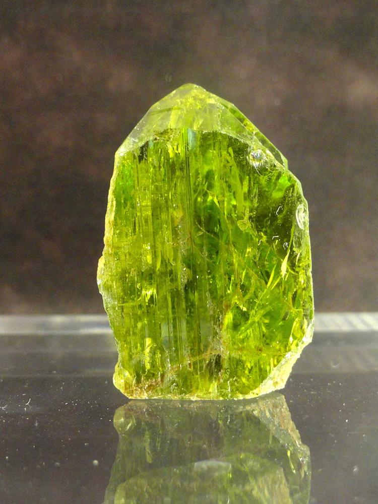камень хризолит фото свойства и значение печь установить