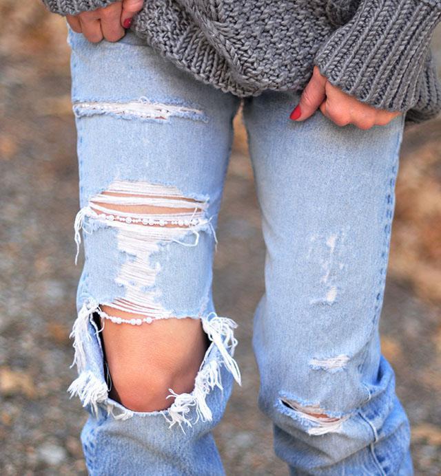 как сделать порванные коленки на джинсах