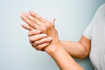 дрожание рук причины и лечение у пожилых людей