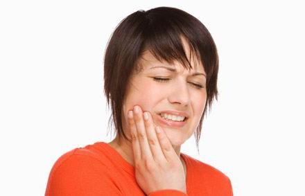 как обезболить зуб в домашних условиях