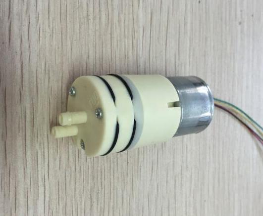 бытовой вакуумный насос для откачки воздуха