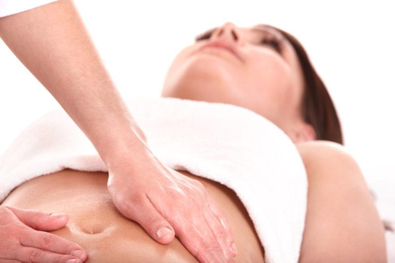 как правильно делать массаж при запоре