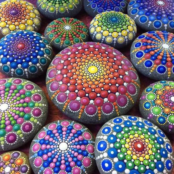росписи на камнях