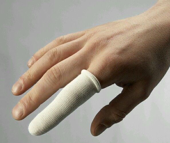 нарыв на пальце возле ногтя как лечить
