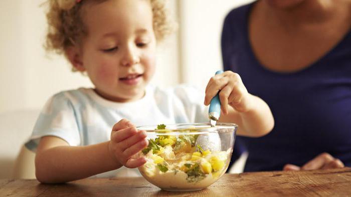 диета при запорах у детей 1 года