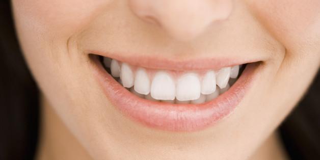 корни зубов в гайморовой пазухе фото