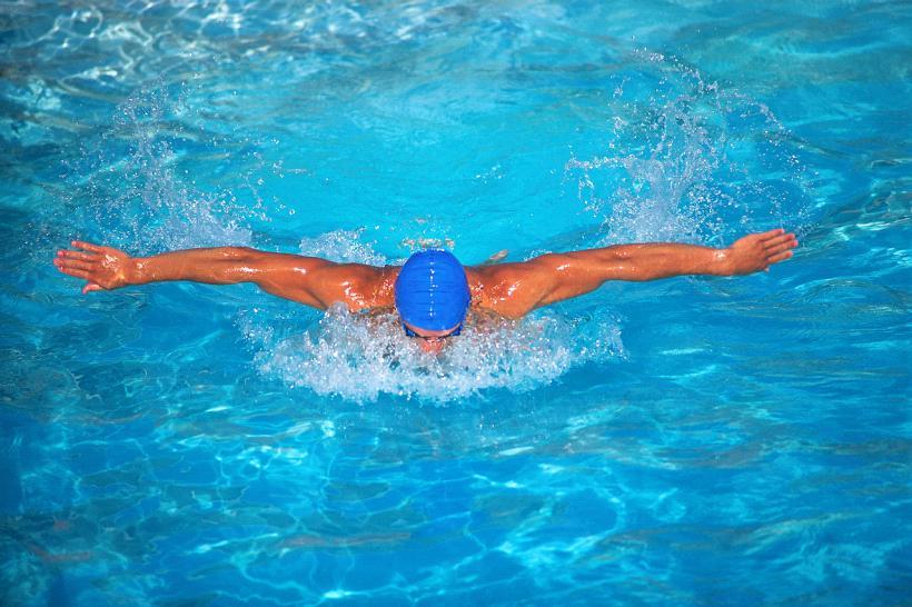 профессиональное плавание