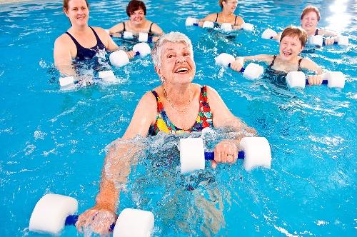 занятия аквааэробикой для пожилых