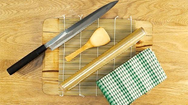инструменты для приготовления суши
