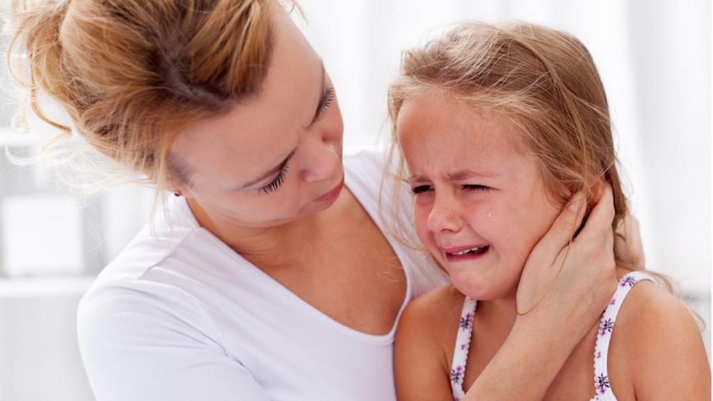 серная пробка в ухе симптомы у взрослых
