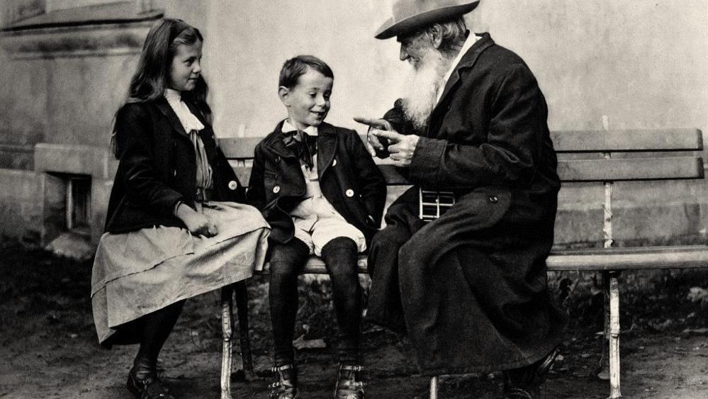 Leo Tolstoy communicates with children