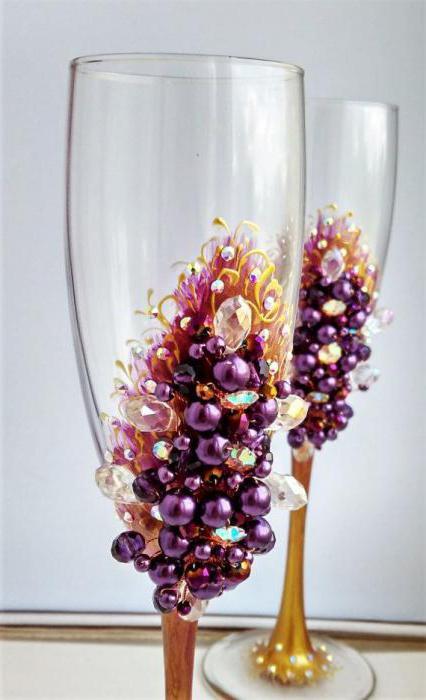 оригинальный декор свадебных бокалов