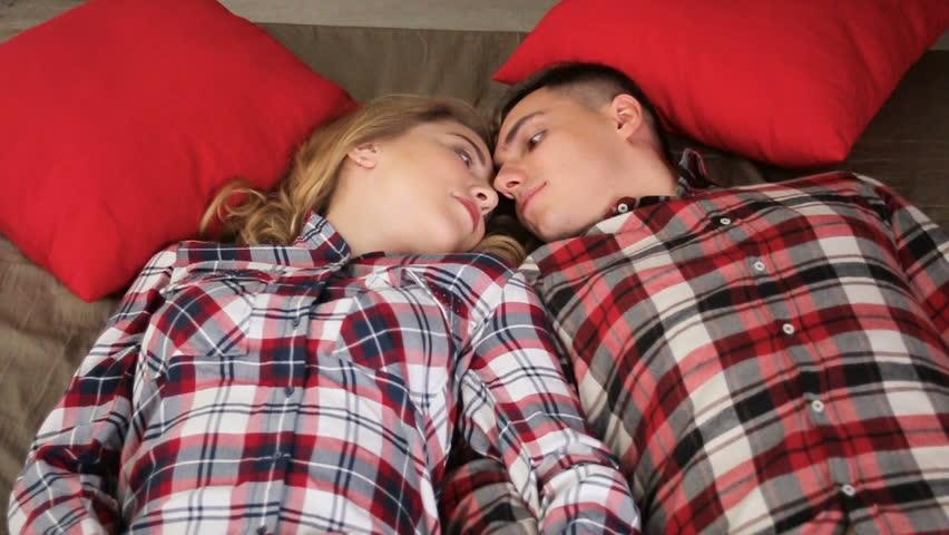 Как вызвать эротические сны: эффективные способы и методы, советы и рекомендации