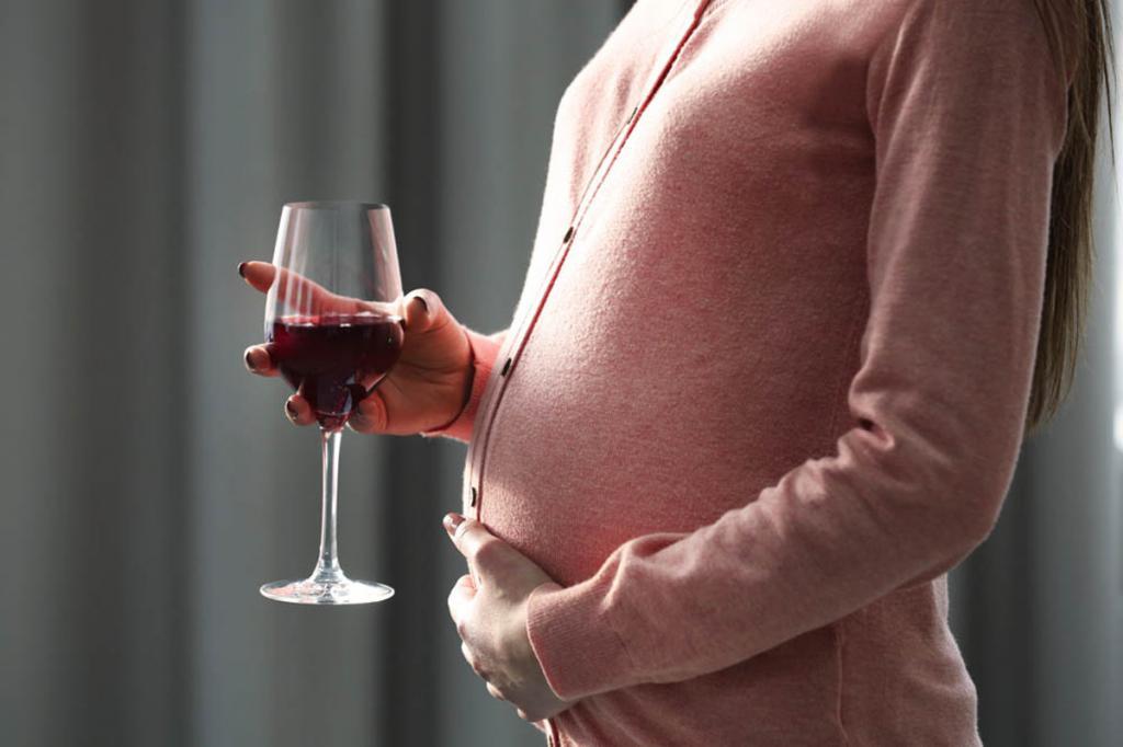 Как становятся алкоголиками? Как пить и не спиться? Психологические причины алкоголизма