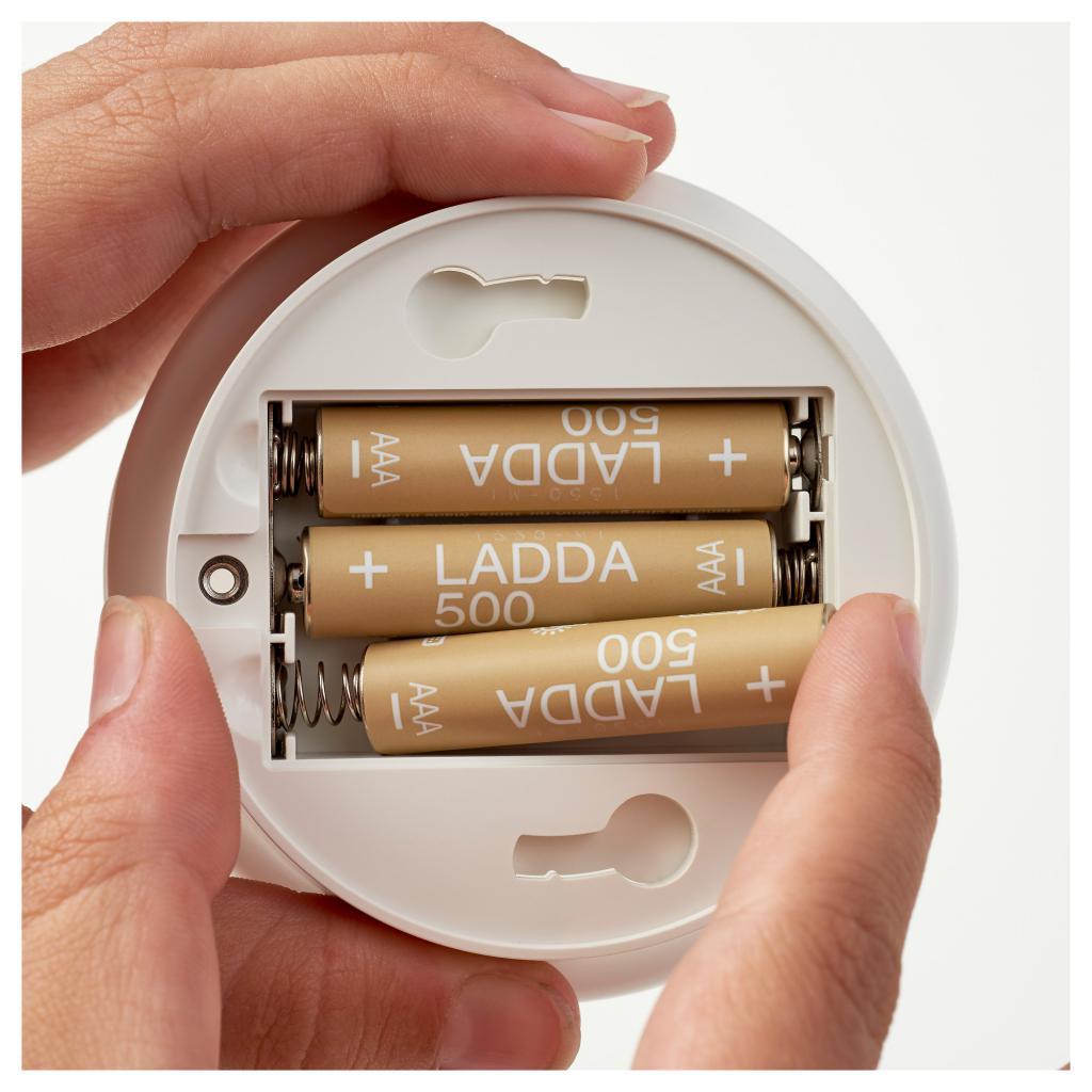 Как заряжать обычные батарейки