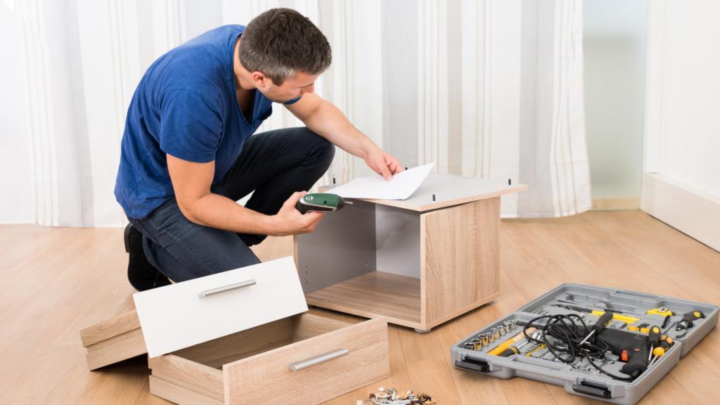 Сборщик мебели фото картинки