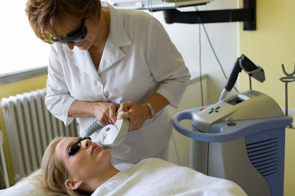 Удаление папиллом на веке глаза: методы и лекарственные препараты