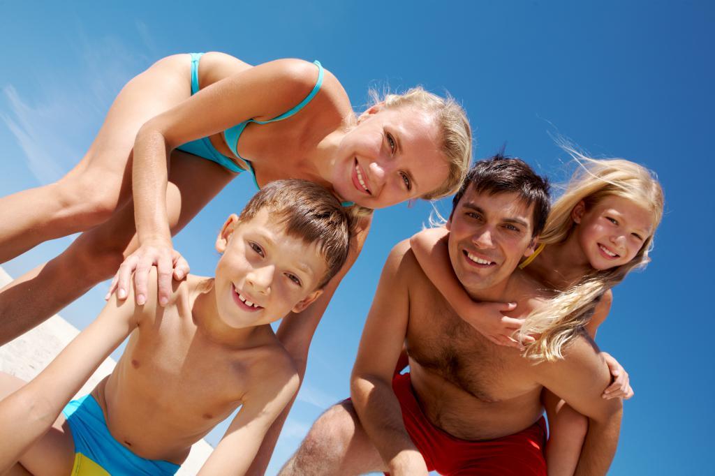 Нудистки Фото Семей С Детьми И Подростками
