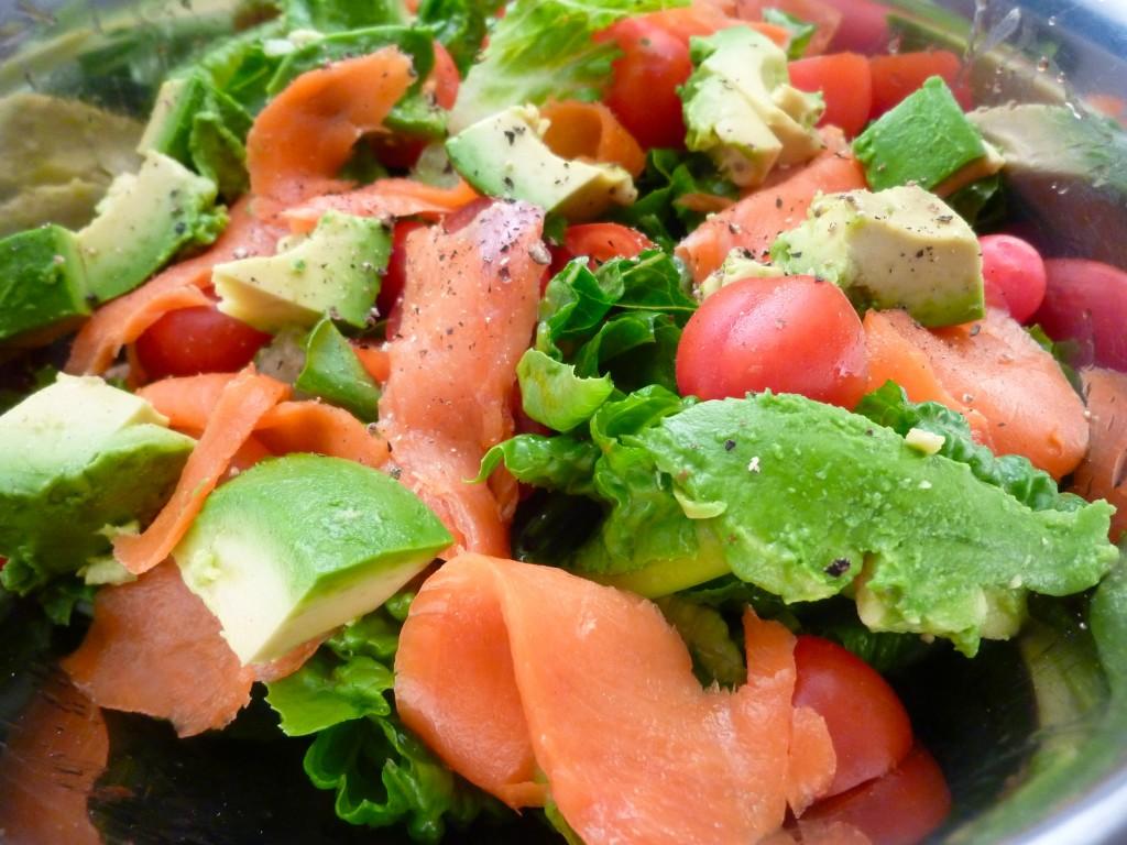 салат из красной рыбы рецепт с фото кривые при помощи
