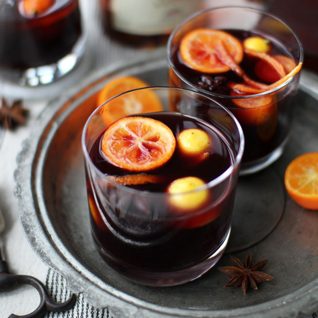 Помогает ли теплое вино при простуде