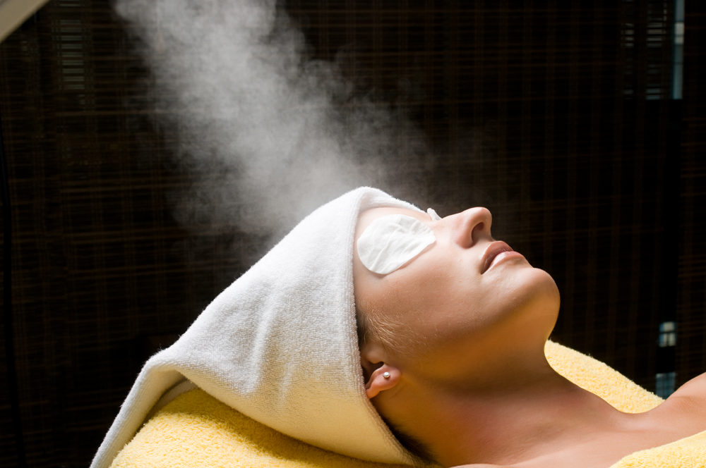 How to steam face skin