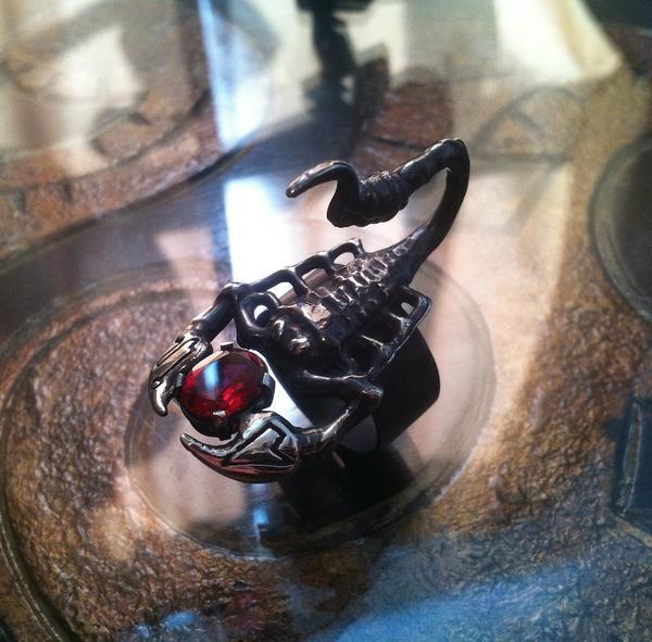скорпион знак зодиака камень талисман женщина