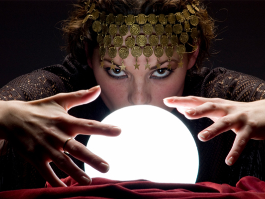 fortune telling at the full moon