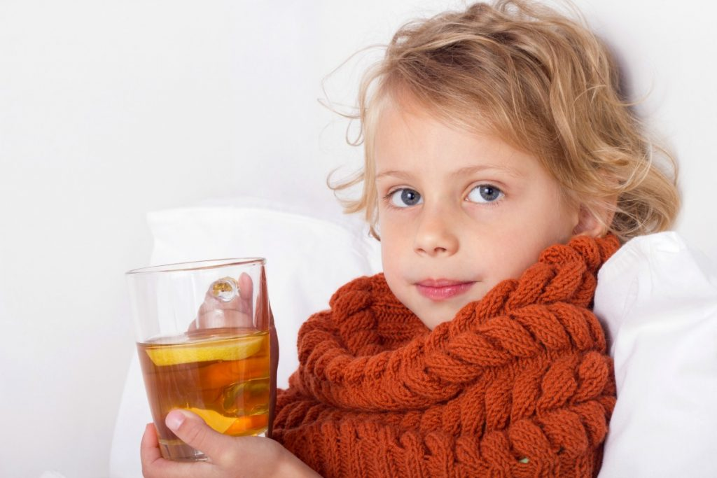Ребенку 8 месяцев, болит горло как вылечить горло у ребенка