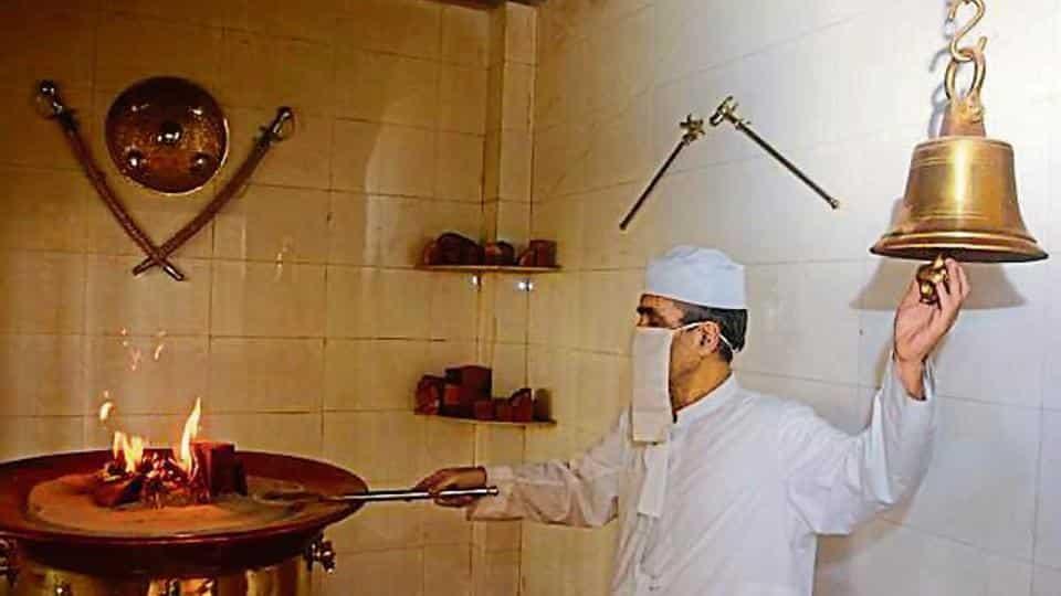 religion of revelation zoroastrianism