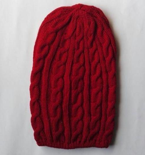 как связать объемную шапку спицами